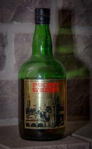 Pocket Whisky (Indústria e Comércio de Bebidas Kunz Ltda., Caxias do Sul, 1986)