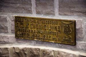 Placa em bronze para marcação de caixas de madeira (Emílio Kunz & Cia., Farroupilha, 1955).