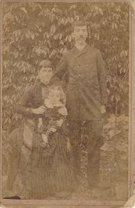 Pauline Blos Kunz, Elza Kunz e Nicolau Julio Kunz (1890)